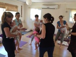 יוגה בקריות לתינוקות