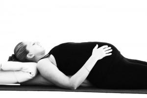 יוגה לנשים בהריון קריות